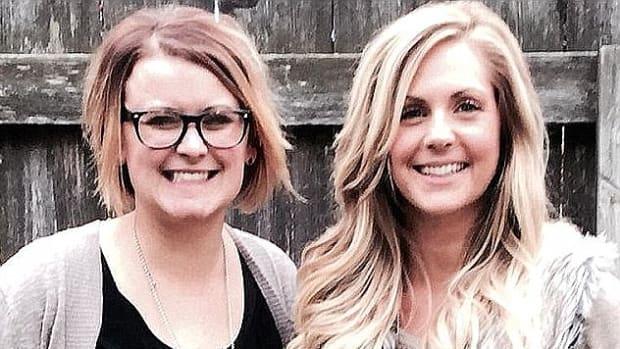 best friends Cassie Miller (left) and Brynn Johnson (right)
