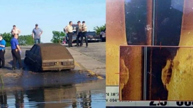 Gentleman Notices Something Odd On Underwater Sonar, Solves 20-Year Mystery (Photos) Promo Image