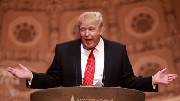 Donald Trump shrugging