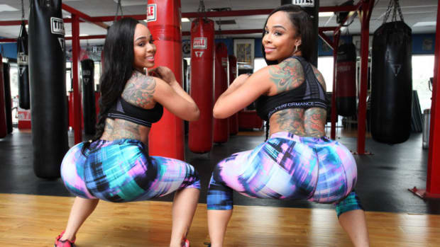 Here's What Doing 2000 Squats Per Day Does To Your Body Promo Image