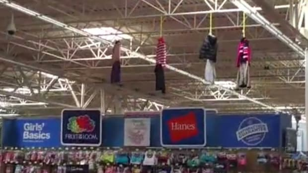 Walmart Customers Upset Over 'Racist' Clothing Display (Photo) Promo Image