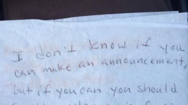 note that upset passenger handed to flight attendant