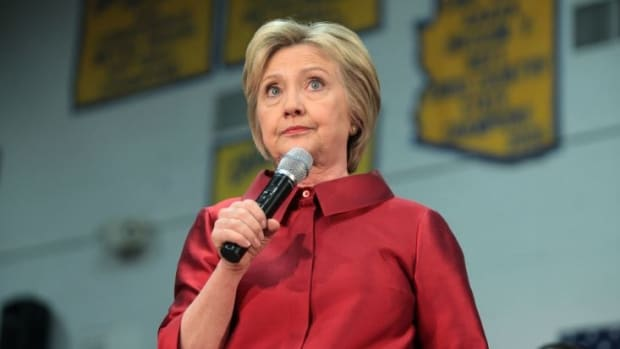Inspector General: Clinton Violated Federal Records Act Promo Image