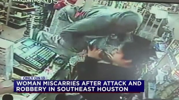 robbery at a store in houston