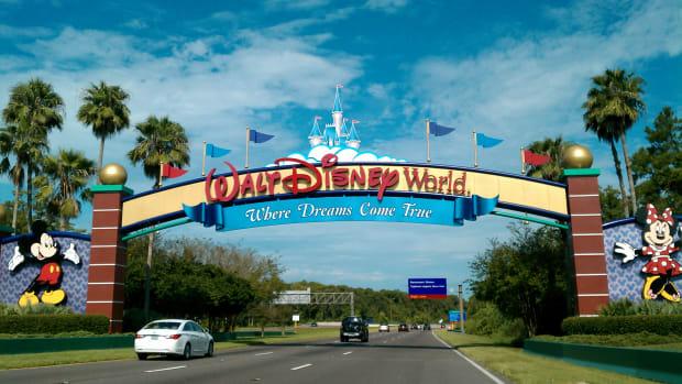 sign for Disney World's Maharajah Jungle Trek