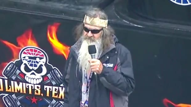 Phil Robertson: Put A 'Jesus Man' In White House (Video) Promo Image
