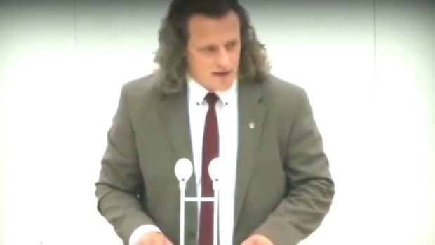 German Lawmaker Addresses 60 Genders (Video) Promo Image