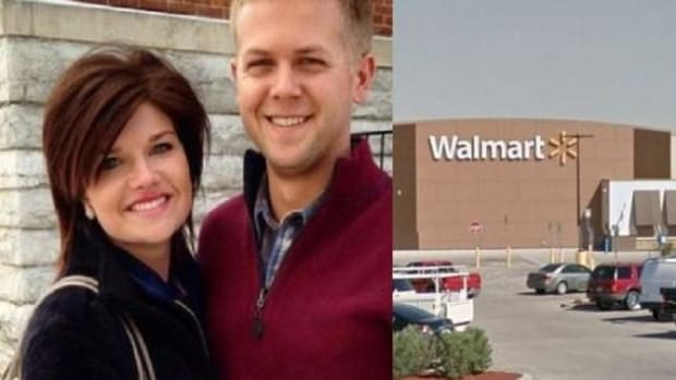 Couple Stunned To Discover Walmart Wouldn't Print This Engagement Photo Promo Image