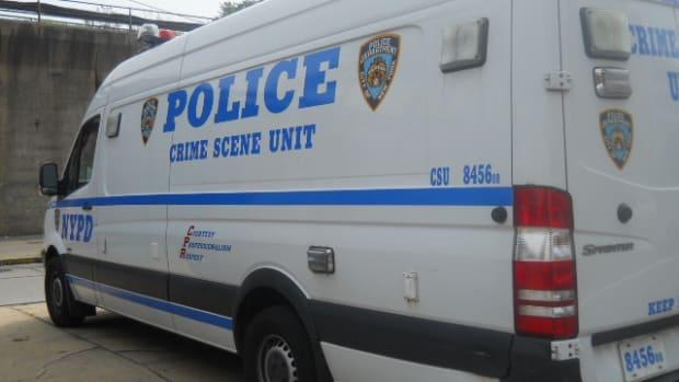 NYPD_Crime_Scene_Unit_Freightliner_01.JPG
