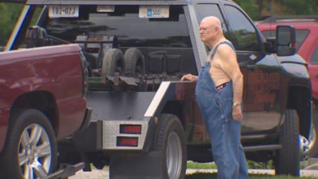 Man Shoots, Injures Trailer Thief  Promo Image