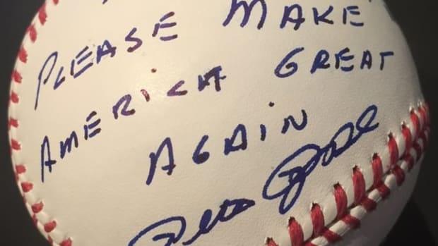 Pete Rose: 'Please Make America Great Again' (Photos) Promo Image