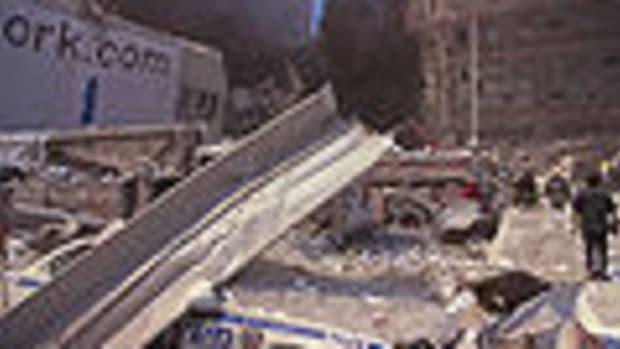 Obama Against 9/11 Relatives Suing Saudi Arabia Promo Image