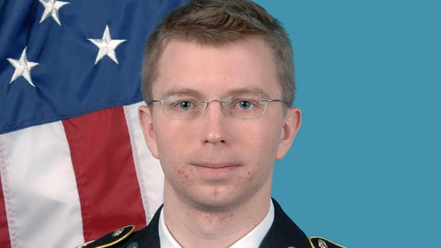 ACLU: Military OKs Gender Surgery For Chelsea Manning Promo Image