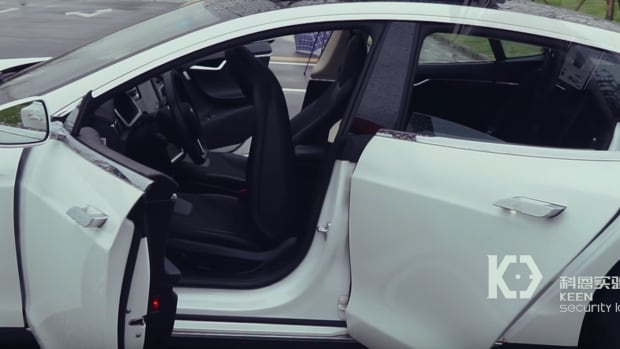 Tesla Hacks Could Turn Into A Big Problem (Video) Promo Image