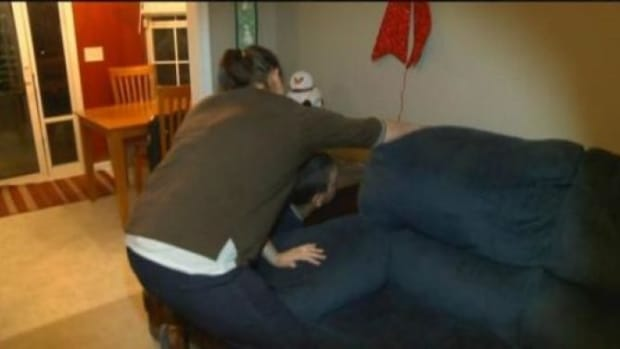 Family Buys Couch On Craigslist, Quickly Realizes They Made A Big Mistake (Photos) Promo Image