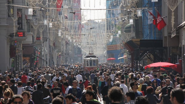U.S. Warns Diplomatic Families To Leave Turkey Promo Image