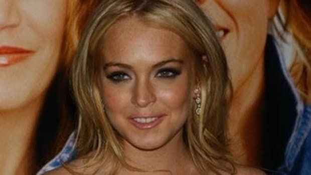 Lindsay Lohan Has Emergency Surgery After Boating Accident Promo Image