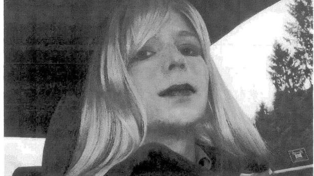 Obama Commutes Chelsea Manning's 35-Year Sentence Promo Image