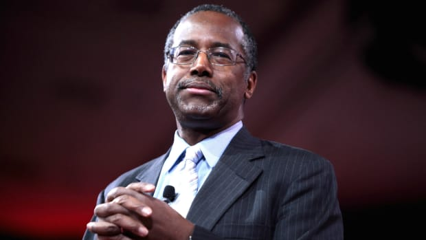 Ben Carson Says He'll Help Plan Obamacare Replacement Promo Image