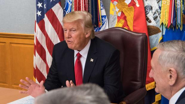 White House Changes Response To Halt On Immigration Ban (Photos) Promo Image