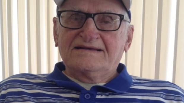 Internet Raises $12K For Man, 97, To Go To World Series Promo Image