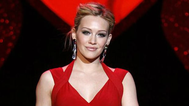 Hillary Duff Outraged Over Reaction To Kissing Her Son (Photo) Promo Image
