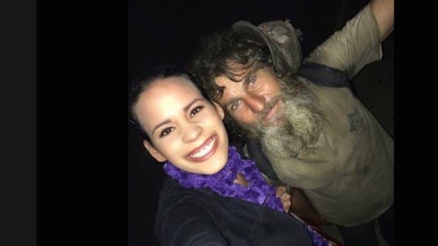 Homeless Man Helps Stranded Single Mom Promo Image