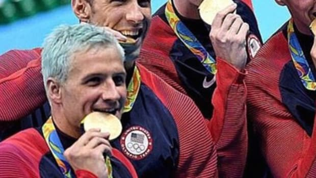 Here's What Chlorine Did To Ryan Lochte's Hair (Photos) Promo Image