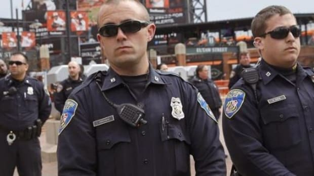 DOJ: Baltimore Cops Violate Constitutional Rights Promo Image