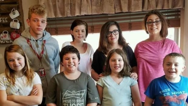 Mother Of 5 Adopts Neighbor's 3 Kids, Receives Surprise Promo Image