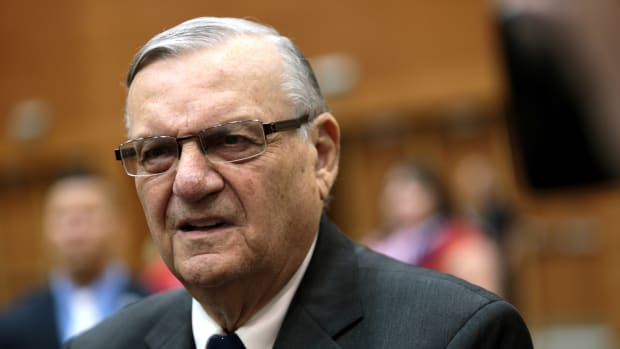 Sheriff Arpaio Charged With Contempt, Faces Trial Promo Image
