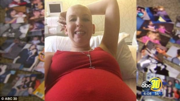 Mom Who Beat Cancer Dies One Day After Having Twins Promo Image