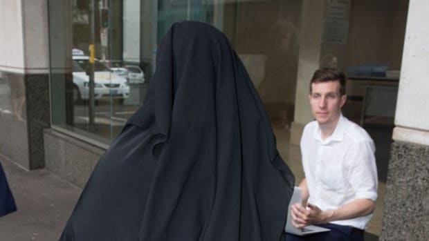 Muslim Woman Refuses To Stand For Judge, Remove Veil, His Response Goes Viral Promo Image