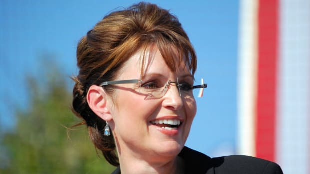 Sarah Palin Pushes Against Free College Using PTSD Vet Promo Image