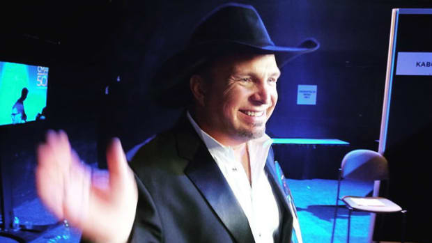 Garth Brooks Gives Unexpected Answer To Trump Invite Promo Image