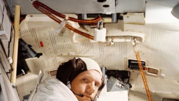Neil Armstrong's Widow Found A Mysterious Bag Tucked Away In Her Closet (Photos) Promo Image