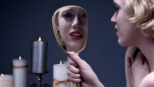 Domestic Abuse Victim Shares Story On Imgur (Photos) Promo Image