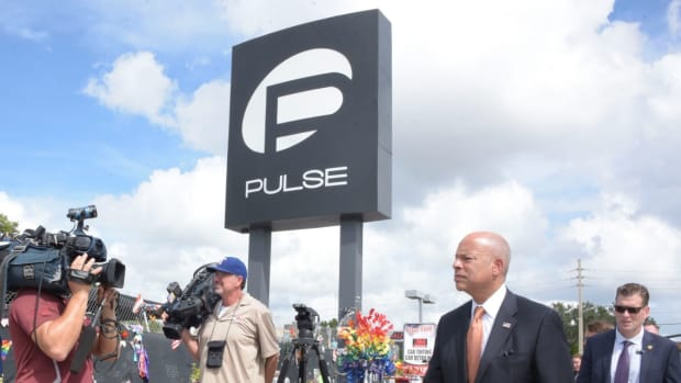 Anti-Gay Religious Protest At Pulse Nightclub Memorial (Video) Promo Image