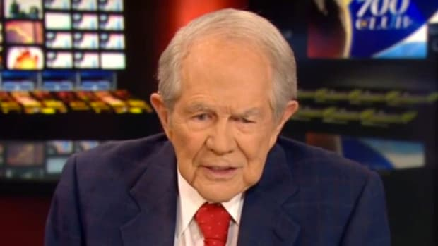 Pat Robertson Compares Sanctuary Cities To Jim Crow (Video) Promo Image