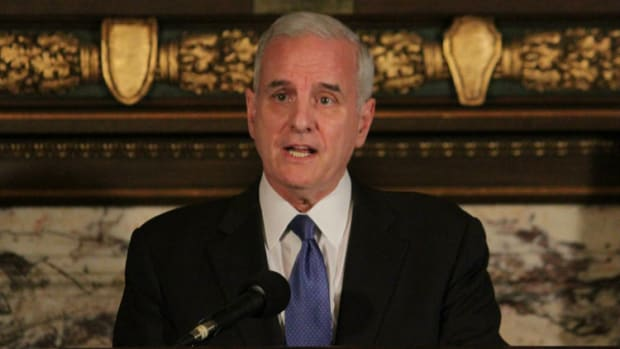 Minnesota Governor: Obamacare 'No Longer Affordable' Promo Image