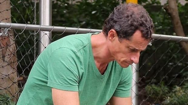 Anthony Weiner Allegedly Sexted, Skyped With Minor Promo Image