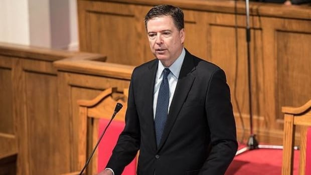 Former Federal Prosecutors Sign Letter Condemning Comey Promo Image