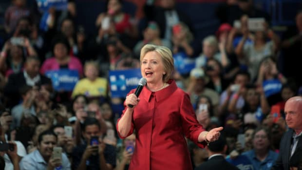 Clinton Leads In Latest New Hampshire Poll Promo Image