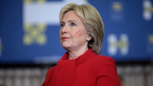 Clinton Popular Vote Lead Surpasses 2.3 Million Promo Image