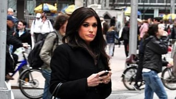 Kimberly Guilfoyle In Talks To  Replace Sean Spicer Promo Image