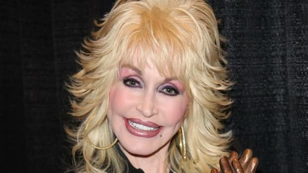 Dolly Parton's Unexpected Announcement Leaves America Speechless Promo Image