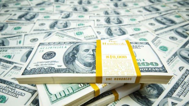 Report: US Withheld $400M Until Iran Prisoners Released Promo Image