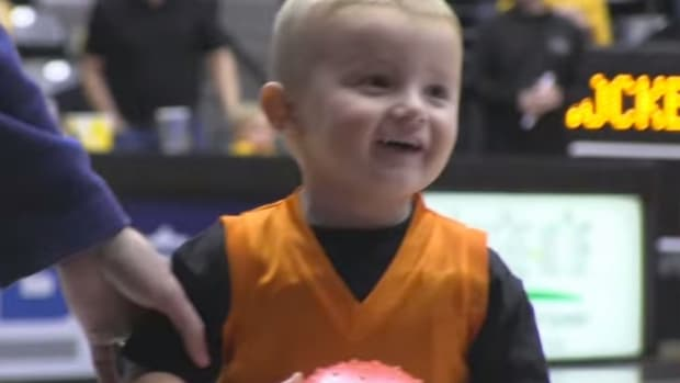 2-Year-Old Has Celebrities Lining Up To Meet Him (Video)  Promo Image