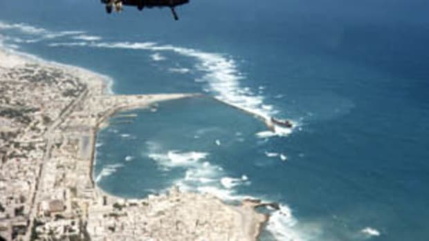 US Sending Troops To Somalia For First Time Since 1994 Promo Image