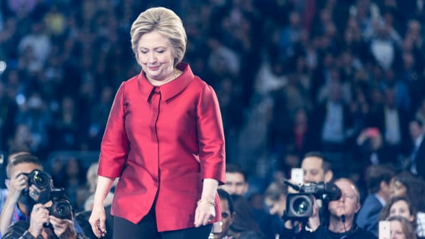 Clinton Opens Up 23-Point Lead Among Women Promo Image